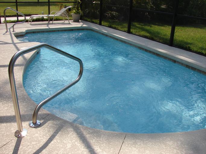 bazénové schody