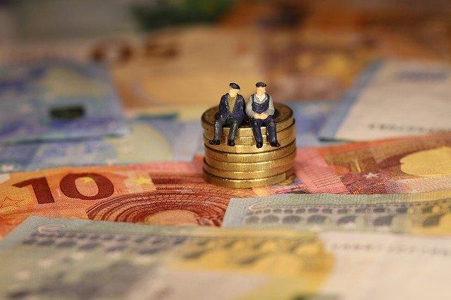 figurky na penězích