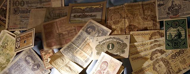směsice bankovek